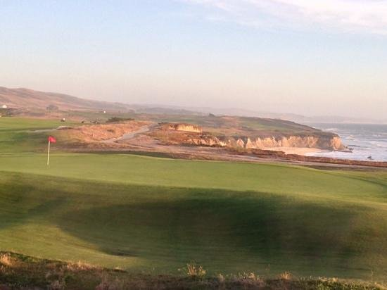 The Ritz-Carlton, Half Moon Bay: 18th Hole and Ocean Views from Our Room