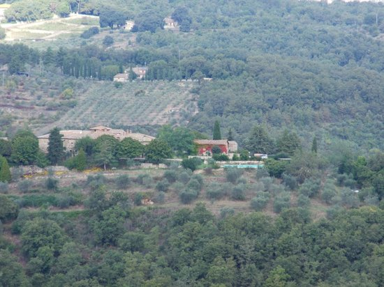 Fattoria Tregole : View of property from across the valley