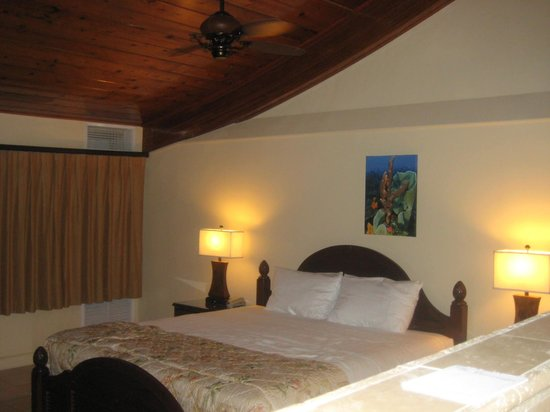 The Buccaneer St Croix: Inside the room