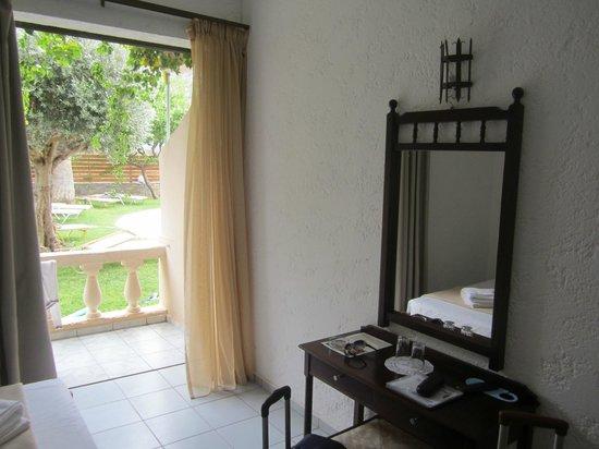 Aggelo Hotel Stalis : Вид из номера 7