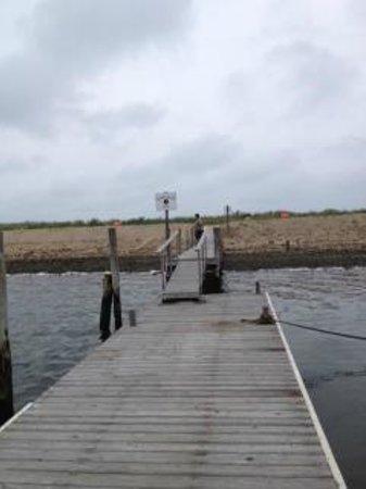 Ram's Head Inn: Dock near Inn
