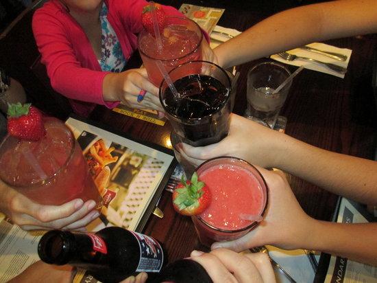 Hard Rock Cafe: Um brinde aqui e bom demais...