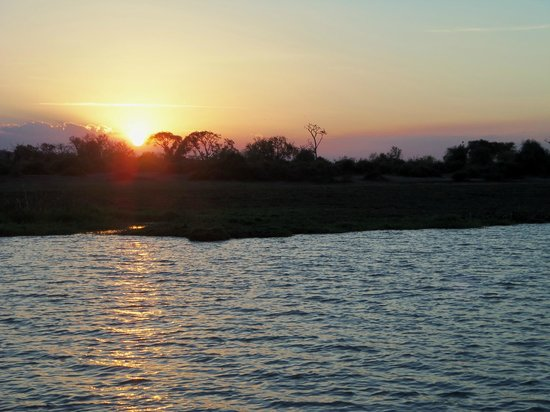 Imbabala Zambezi Safari Lodge: Sunset on the river