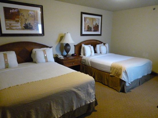 Lexington Hotel & Suites - Fountain Hills / North Scottsdale: two queen beds