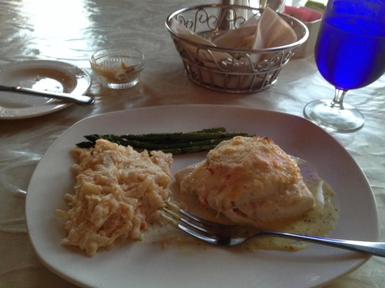 Belmont Restaurant & Saloon: My halibut dinner