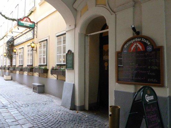 Weissgerber Stube im Suennhof : Entrance from the alley