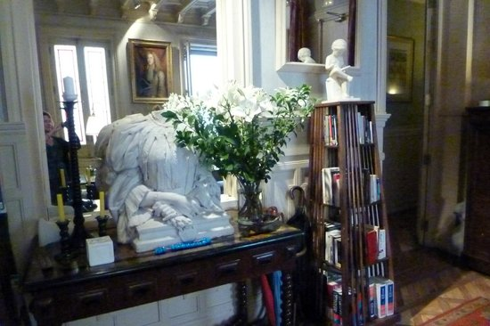Casa de Madrid : reception room