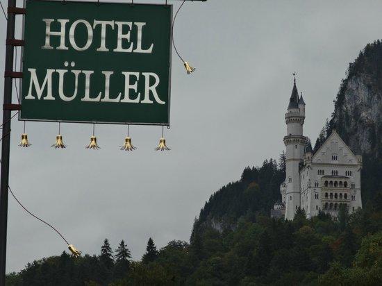 Hotel Müller Restaurant Acht-Eck: The castle