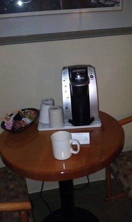 Manning Park Resort: coffee maker :)