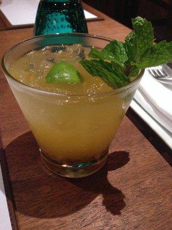 The Larder : Passionista cocktail