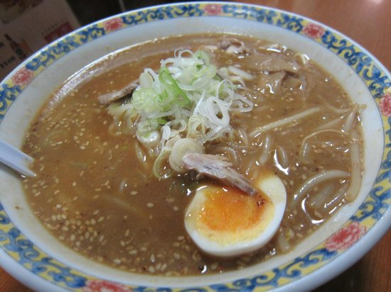 Wing Bay Otaru : Ramen - cooked by an old lady. Delicious broth