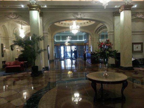 The Fairmont Palliser : Foyer