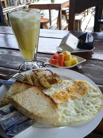 Maracuya Restaurant: Buen desayuno