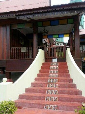 Villa Meriah Kampong Morten: villa meriah