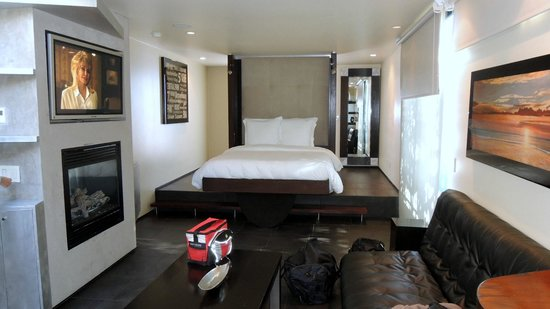 14 West Boutique Hotel : Tempur-Pedic Bed