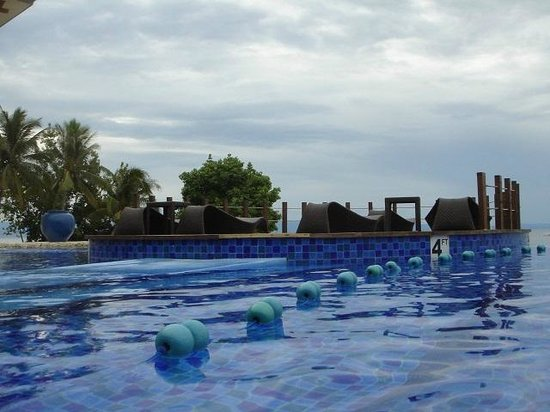 The Bellevue Resort Bohol : Infinity pool