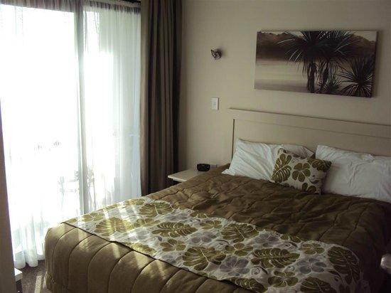 Breakwater Motel : Bedroom