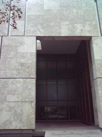 The Barnes Foundation : 外観4