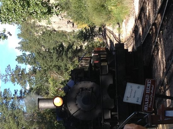 The Lodge at Mount Rushmore: 1880 Train.....must do its Fab