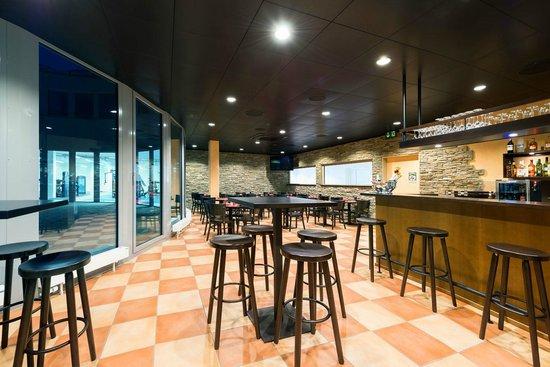 ToroToro Steakhouse: Ambiente in der ToroToro Tapas Bar