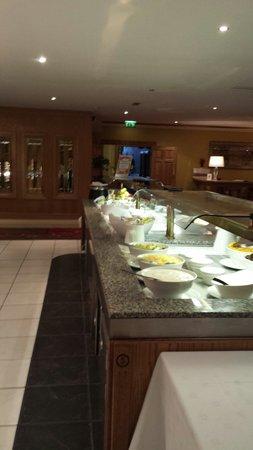 Clanree Hotel : Buffet breakfast at clanree