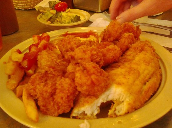 Sunset Beach, NC: shrimp and flounder