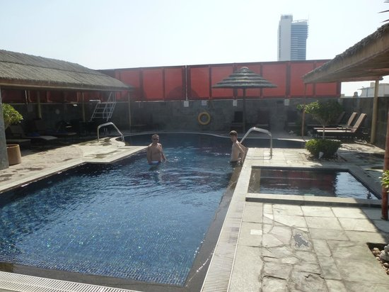 Donatello Hotel: Roof top pool