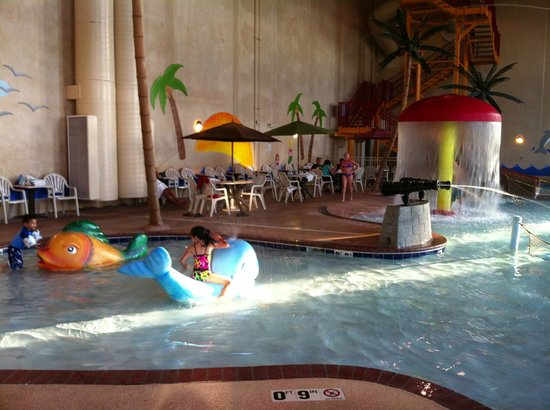 Best Western Ramkota Hotel: Free waterpark is huge