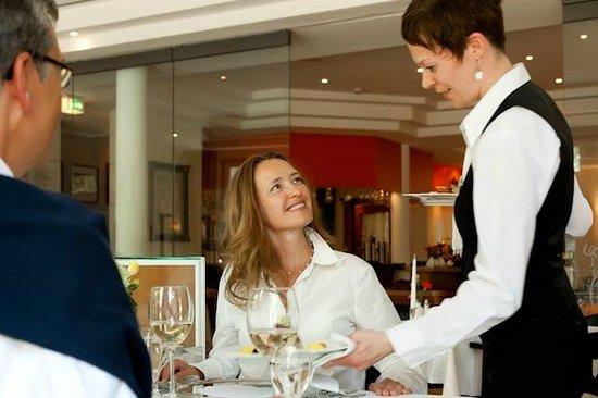 """Rest. Strandauster im Ringhotel Strandblick: Im Restaurant """"Strandauster"""""""