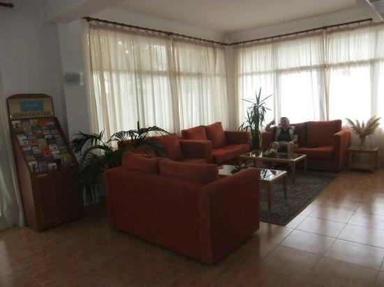 Hotel Marbel: lounge area