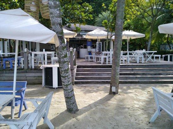 Coastes beach bar