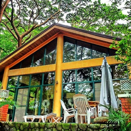 Forest Cove Beach House: The hospitality is at its best so any season seems pleasant in this Beach House.