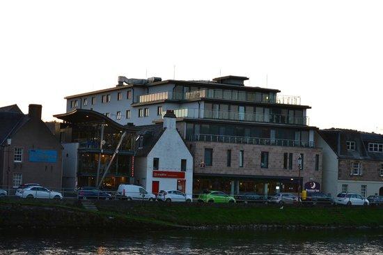 Premier Inn Inverness Centre (River Ness) Hotel: Great Location