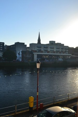 Premier Inn Inverness Centre (River Ness) Hotel: View from Room 102