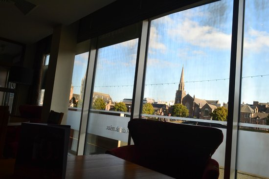Premier Inn Inverness Centre (River Ness) Hotel: View fom Lounge / Dining Room