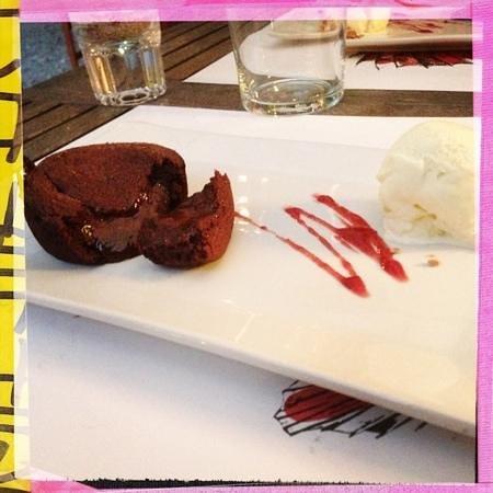 Hostal Sa Rascassa: wonderful chocolate desert!