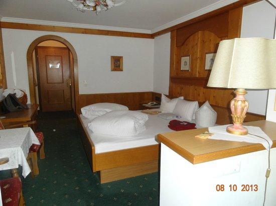 Ferienhotel Neue Post: Zimmer