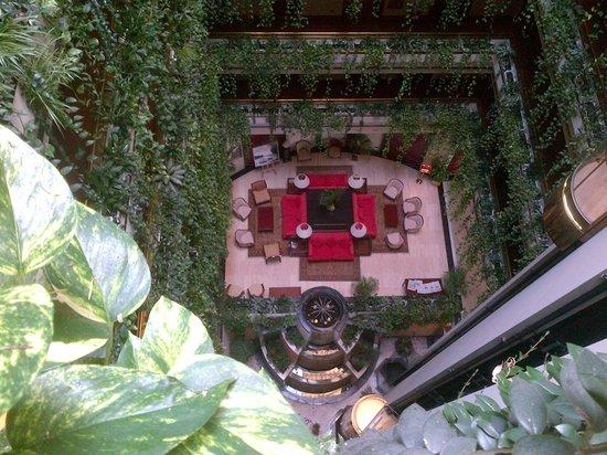 Eurostars Gran Hotel Santiago : dalla porta della camera