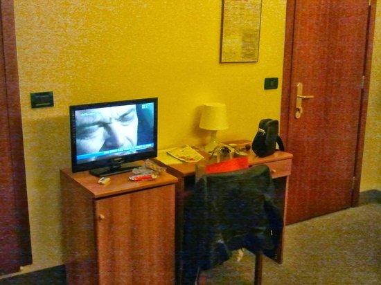Soana City Rooms : tv LCD