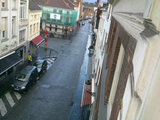 Hotel Restaurant Loreto: the street from our room
