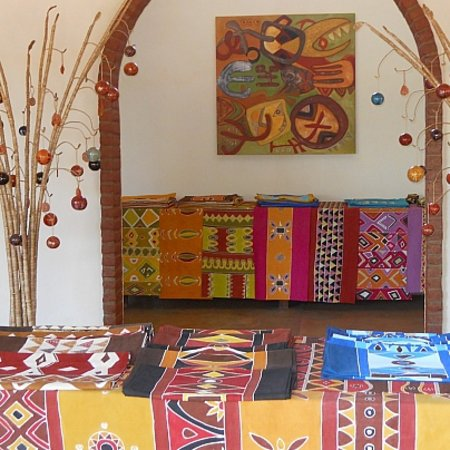 Balaka, Malawi: Studio shop open 8-5 Mon-Sat