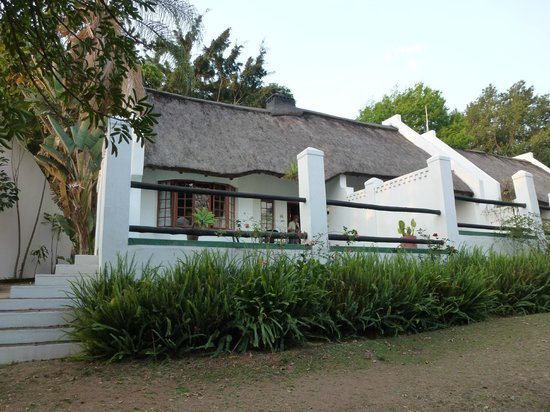 Hamilton Parks Country Lodge: Kamers met terras