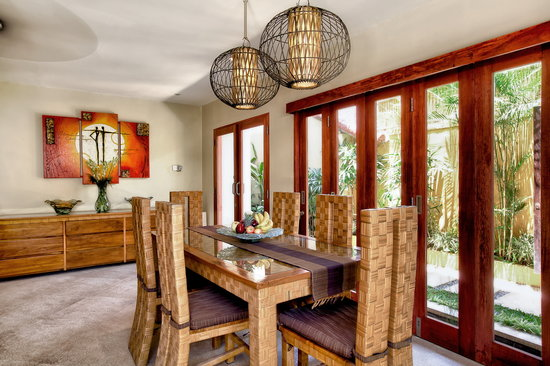 Villa Seriska Bali: Villa Seriska Satu, Seminyak Dining room