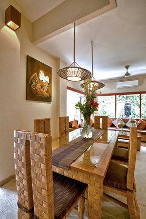 Villa Seriska Bali: Villa Seriska Dua, Seminyak Dining room