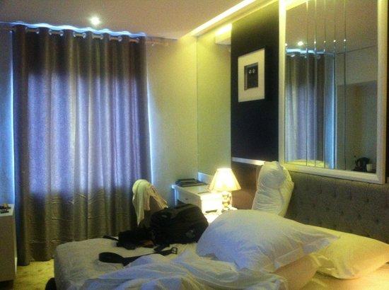 Gino Feruci Braga Hotel : Kamar