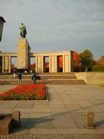 BerlinAndOut: Memoriale