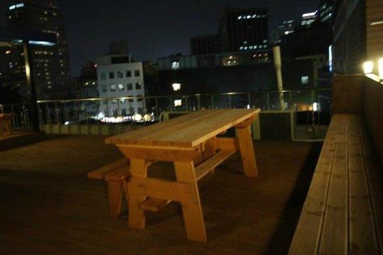 Insadong Hostel: rooftop