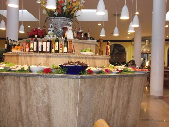 Churrasqueria Rodeo: one of the buffet bars.