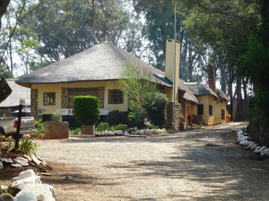 Sandford Park Country Hotel: Hoofdgebouw Sandford Park Lodge