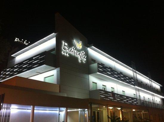 Hotel Butterfly Illuminato